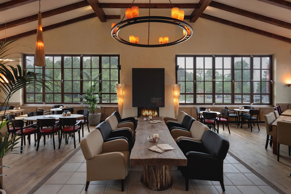 finca bar celona oldenburg cafe bar celona. Black Bedroom Furniture Sets. Home Design Ideas