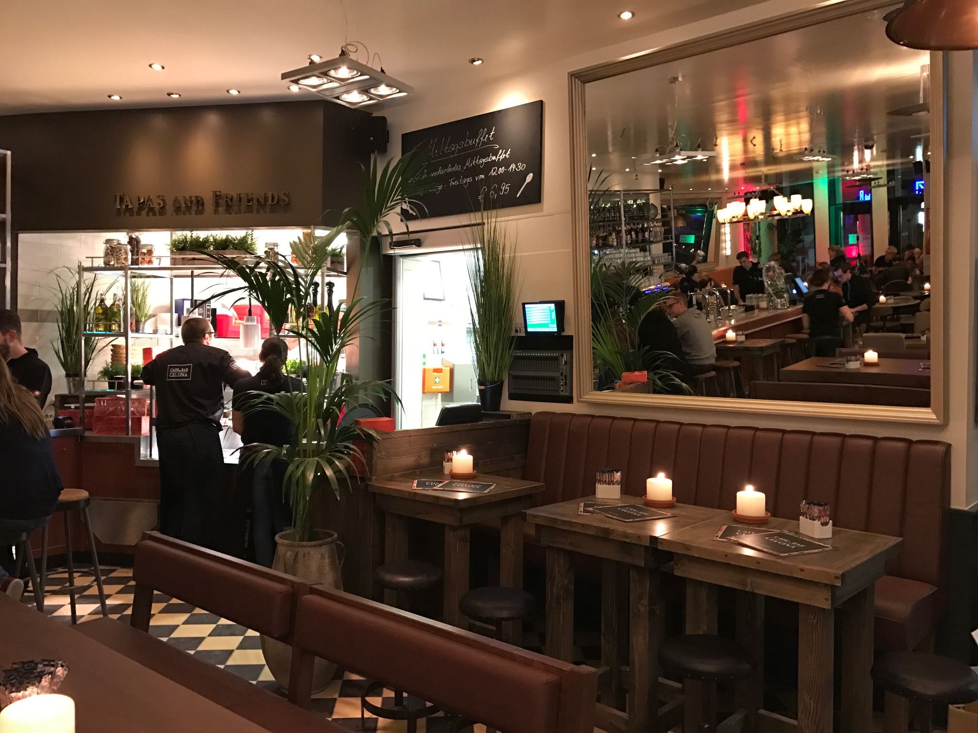 Cafe & Bar Celona Leer - Cafe & Bar Celona
