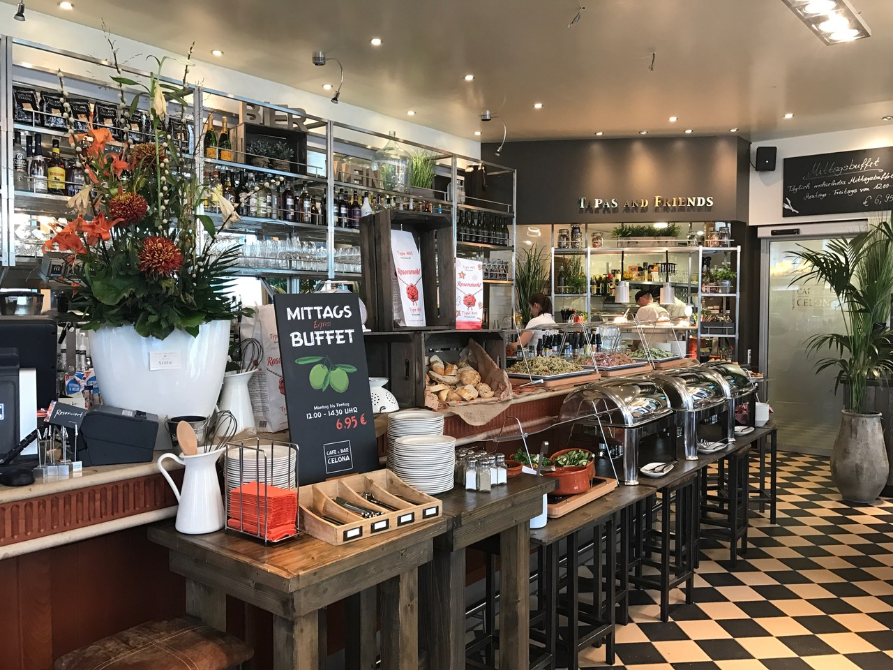 Cafe Bar Celona Leer