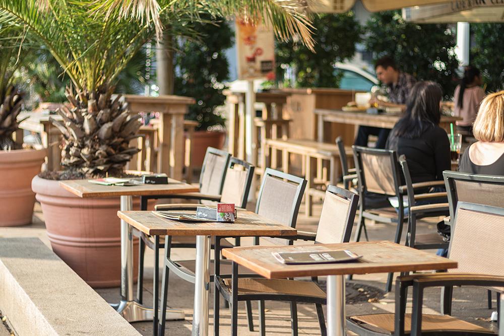 cafe & bar celona bremen schlachte - cafe & bar celona