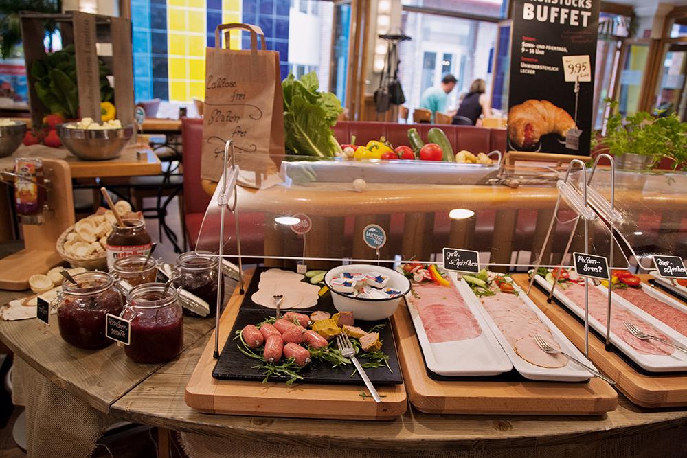 Finca Barcelona Bielefeld unser schlemmerbuffet cafe bar celona